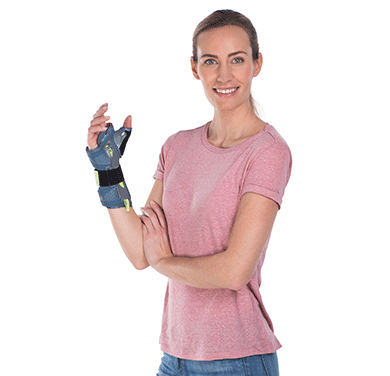 hand brace woman